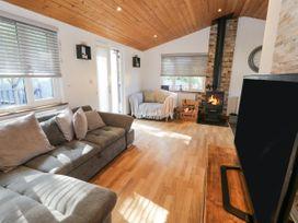 No. 77- Honey Bee Lodge - North Yorkshire (incl. Whitby) - 1076918 - thumbnail photo 4