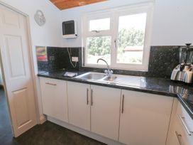 No. 77- Honey Bee Lodge - North Yorkshire (incl. Whitby) - 1076918 - thumbnail photo 9