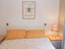 No. 77- Honey Bee Lodge - North Yorkshire (incl. Whitby) - 1076918 - thumbnail photo 14
