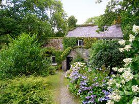 Royal Oak Farmhouse - North Wales - 1077 - thumbnail photo 1