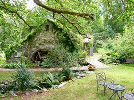 Royal Oak Farmhouse - North Wales - 1077 - thumbnail photo 2