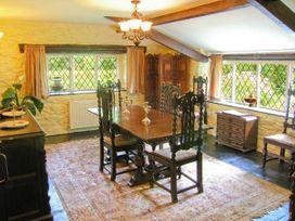 Royal Oak Farmhouse - North Wales - 1077 - thumbnail photo 6