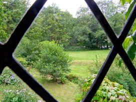 Royal Oak Farmhouse - North Wales - 1077 - thumbnail photo 9