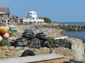 Jack's Hill - Isle of Wight & Hampshire - 1077011 - thumbnail photo 17