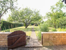 Well Cottage - Cotswolds - 1077026 - thumbnail photo 17