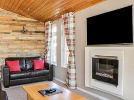 Crystal Lodge - North Yorkshire (incl. Whitby) - 1077343 - thumbnail photo 3