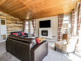 Crystal Lodge - North Yorkshire (incl. Whitby) - 1077343 - thumbnail photo 5