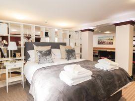 Mary Ann Apartment - Scottish Highlands - 1077430 - thumbnail photo 19