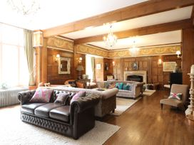Bearnock Lodge - Scottish Highlands - 1077443 - thumbnail photo 2