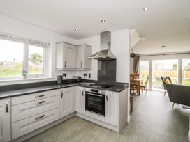 Hafod 8 Parc Delfryn - Anglesey - 1077465 - thumbnail photo 8