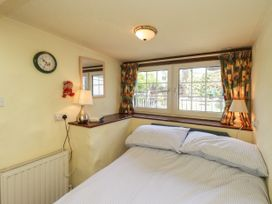 Honeysuckle Cottage - Lake District - 1077492 - thumbnail photo 9