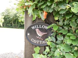 Willow Cottage - Somerset & Wiltshire - 1077499 - thumbnail photo 2