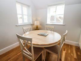 Apartment 5 - Cotswolds - 1077607 - thumbnail photo 6