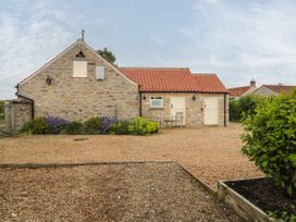 Applewood Cottage - North Yorkshire (incl. Whitby) - 1077779 - thumbnail photo 13