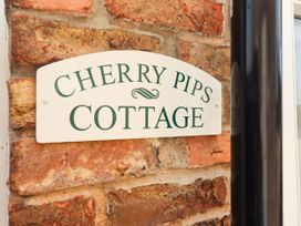 Cherry Pips - Lincolnshire - 1077791 - thumbnail photo 3