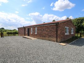The Apple Shed - Central England - 1077889 - thumbnail photo 1