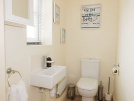 2 Perran Court - North Yorkshire (incl. Whitby) - 1078259 - thumbnail photo 21