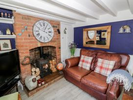 Spring Cottage - Cotswolds - 1078395 - thumbnail photo 5