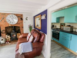 Spring Cottage - Cotswolds - 1078395 - thumbnail photo 7