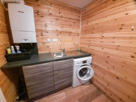 Cedar Wood Lodge Executive - North Wales - 1078700 - thumbnail photo 8