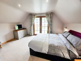 Cedar Wood Lodge Executive - North Wales - 1078700 - thumbnail photo 16