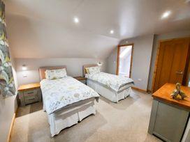 Cedar Wood Lodge Executive - North Wales - 1078700 - thumbnail photo 22