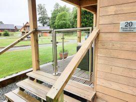 Cedar Wood Lodge Executive - North Wales - 1078700 - thumbnail photo 2