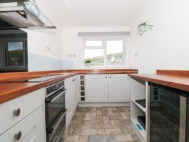The Harbourside Apartment - Dorset - 1078822 - thumbnail photo 6