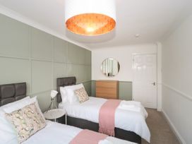 The Harbourside Apartment - Dorset - 1078822 - thumbnail photo 16