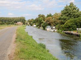 Fernleigh Villa Annexe - Norfolk - 1078843 - thumbnail photo 25