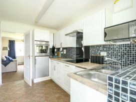 Fernleigh Villa Annexe - Norfolk - 1078843 - thumbnail photo 9