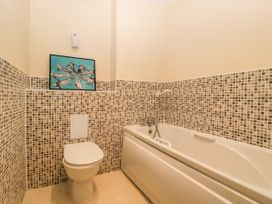 Flat 22 North Point - Cotswolds - 1078920 - thumbnail photo 19