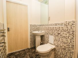 Flat 22 North Point - Cotswolds - 1078920 - thumbnail photo 22