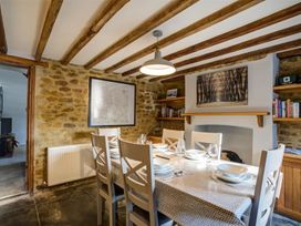 Hollytree Cottage - Cotswolds - 1079076 - thumbnail photo 9