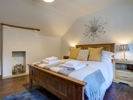Hollytree Cottage - Cotswolds - 1079076 - thumbnail photo 18