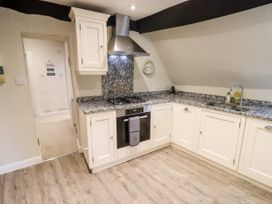 50A Cricklade Street - Cotswolds - 1079093 - thumbnail photo 9
