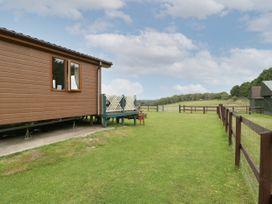 Hill View, Lilac Lodge - Dorset - 1079216 - thumbnail photo 4