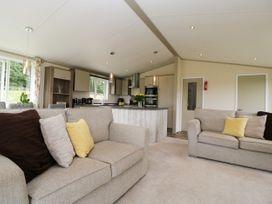Hill View, Lilac Lodge - Dorset - 1079216 - thumbnail photo 6