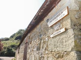 The Hideaway - Isle of Wight & Hampshire - 1079385 - thumbnail photo 30