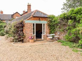 The Old Mower Shed - Lincolnshire - 1079408 - thumbnail photo 21