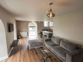 The Breathe Residence - North Wales - 1079458 - thumbnail photo 5