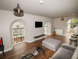 The Breathe Residence - North Wales - 1079458 - thumbnail photo 8