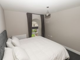 The Breathe Residence - North Wales - 1079458 - thumbnail photo 16