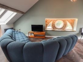 The Sigma Penthouse - North Wales - 1079460 - thumbnail photo 9