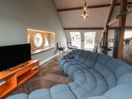 The Sigma Penthouse - North Wales - 1079460 - thumbnail photo 10