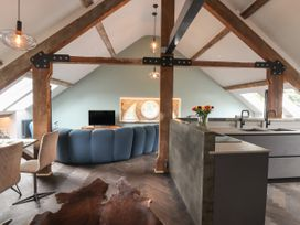 The Sigma Penthouse - North Wales - 1079460 - thumbnail photo 16