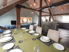 The Sigma Penthouse - North Wales - 1079460 - thumbnail photo 19