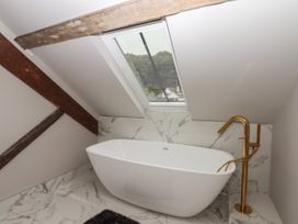 The Sigma Penthouse - North Wales - 1079460 - thumbnail photo 28