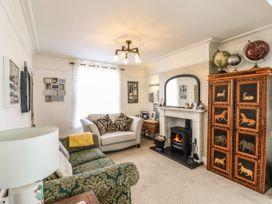 Marina's Cottage - Suffolk & Essex - 1079578 - thumbnail photo 2