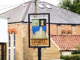 Coronation Cottage - Norfolk - 1079613 - thumbnail photo 54